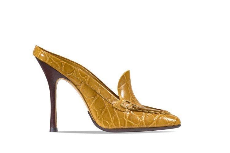 TOD'S Spiga 亮黃色復古高跟鞋 NT32,200。 圖/TO...