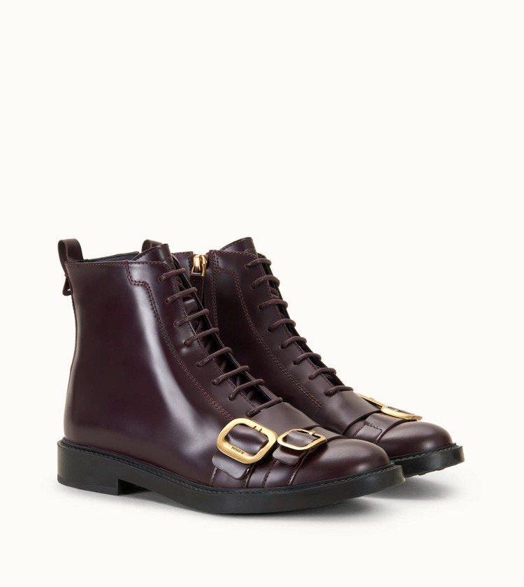 TOD'S 金屬飾釦短靴 NT32,200。 圖/TOD'S...