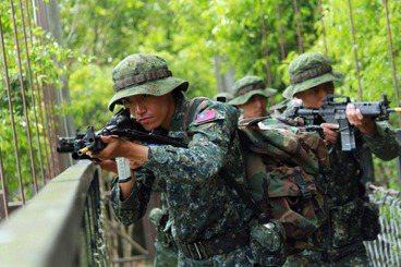 王臻明/恢復徵兵制不會讓國軍變多,教召改革才是正確方向