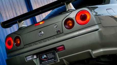 只跑了362公里的Nissan Skyline GT-R V-Spec II Nür竟有快1400萬的售價!