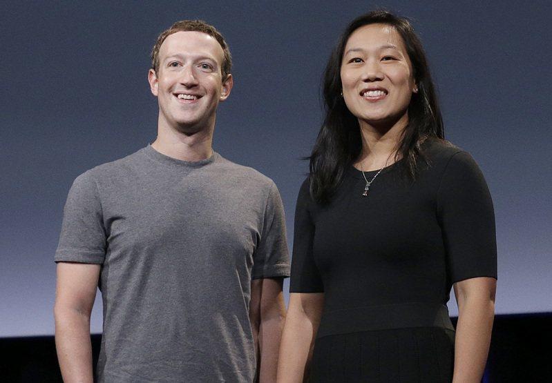 書創辦人暨執行長祖克柏(Mark Zuckerberg)夫婦會再捐出1億美元(約新台幣28億8000萬元),以協助今年11月美國大選的選舉人員和基礎設施。 美聯社