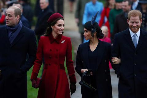 英國哈利與威廉王子以及彼此配偶間的愛恨情仇,永遠是公眾關注的焦點,尤其最近兩本專書「尋找自由」、「兄弟之戰」都深入剖析他們的關係,然而前者挺哈利與妻子梅根,把威廉與另一半凱特形容為冷漠又高傲,令威廉...