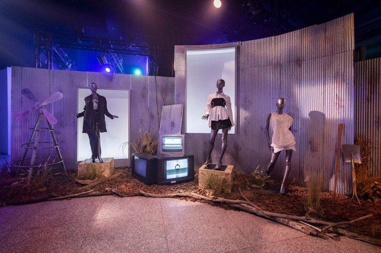 「懸日航站」數位展演場域,營造跨領域的生動故事。圖/台北時裝周提供