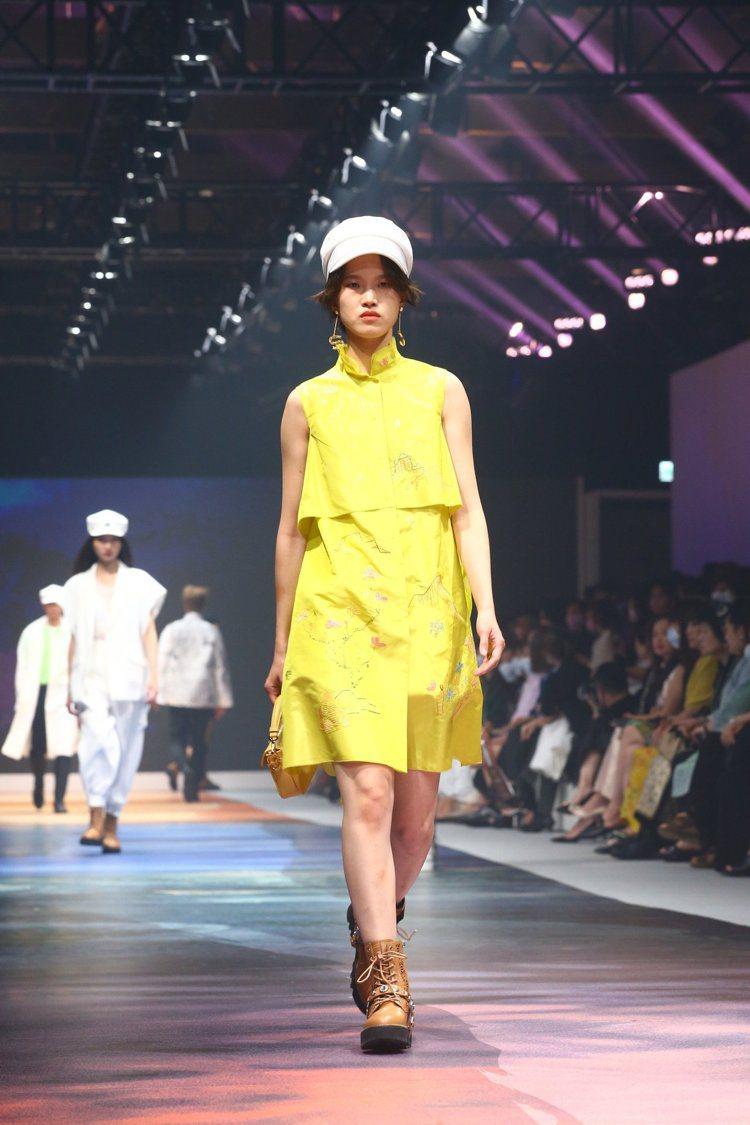 睽違多年,夏姿.陳SHIATZY CHEN再度於台北舉辦2021春夏時裝大秀。記...