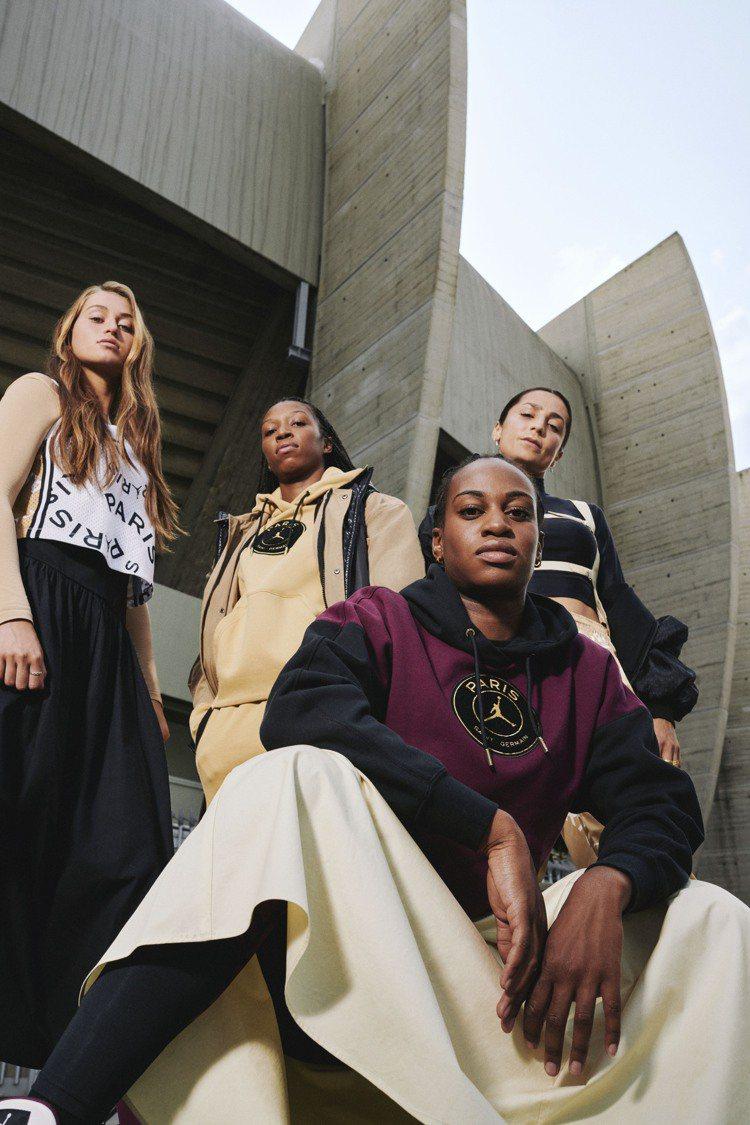 Jordan Brand邀請了巴黎聖日耳曼足球俱樂部女子球員,來演繹聯名系列服飾...