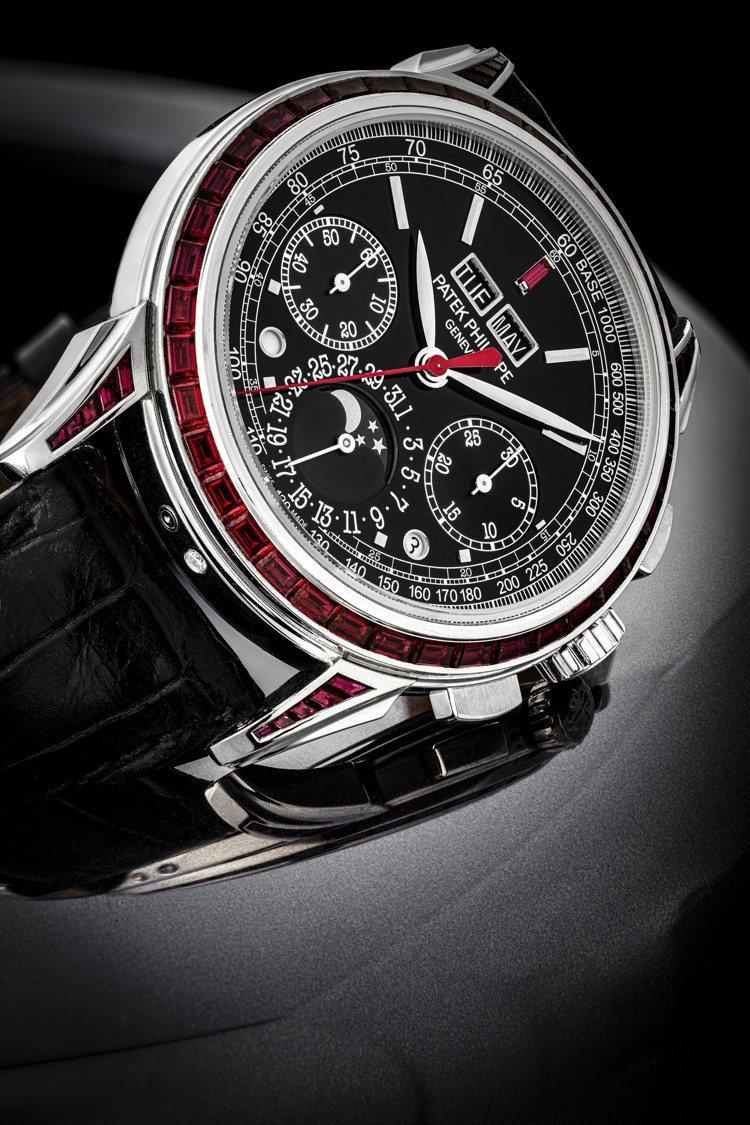 百達翡麗型號5271的鉑金萬年曆、計時功能、月相、閏年及日夜顯示腕表,表殼裝飾紅...