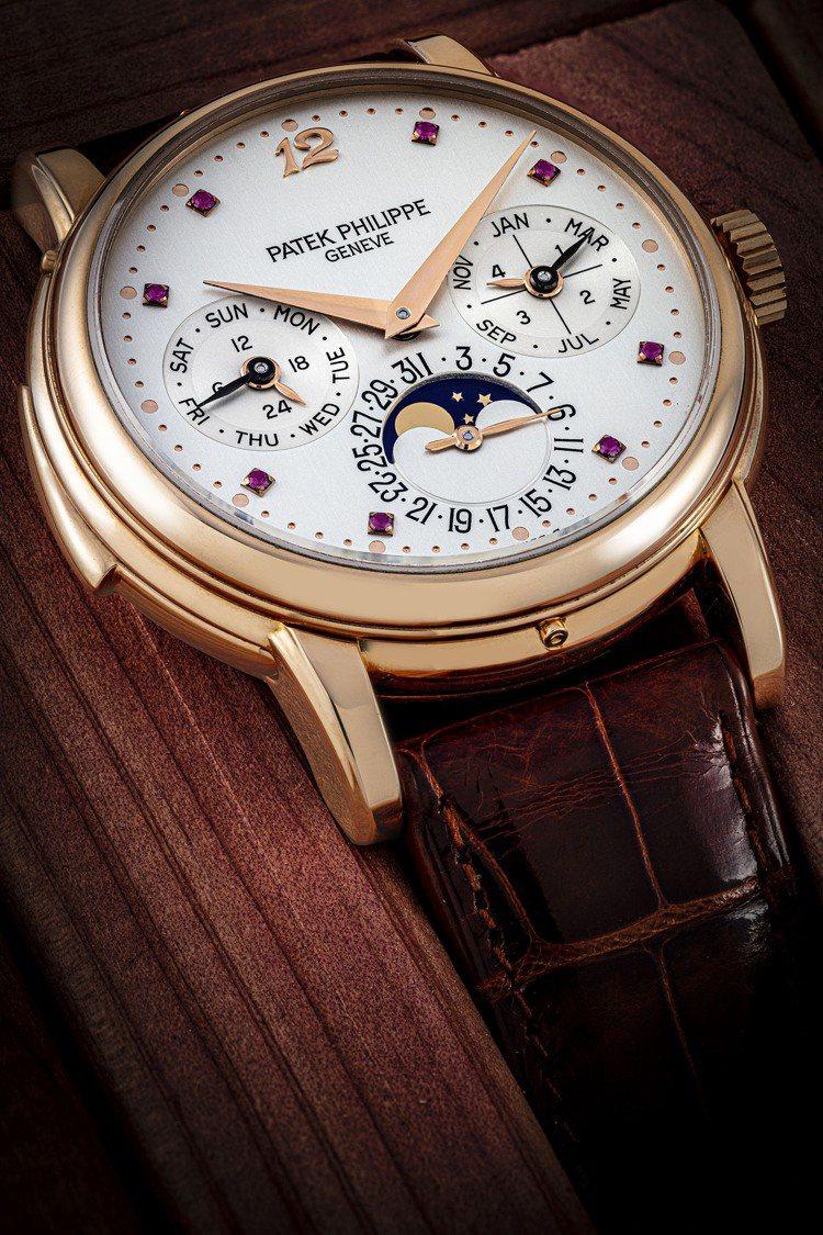 百達翡麗型號3974的18K金自動上鍊三問萬年曆腕表,鑲紅寶石數字表盤,1991...