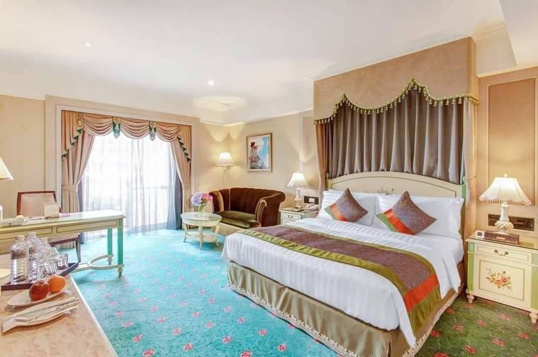 首都大飯店南京建國旗艦館將於11月1日起無限期停業。圖/取自首都大飯店粉絲團