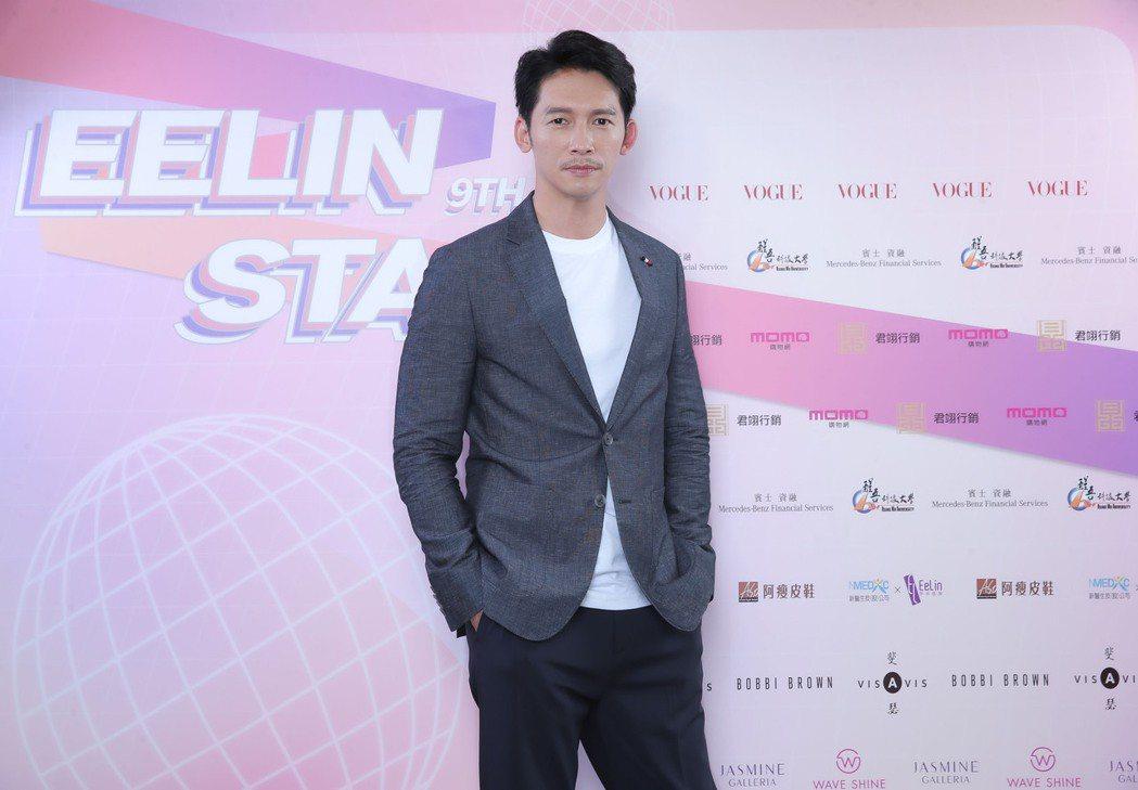 溫昇豪多次擔任璀璨之星評審,最重視台風與自信。圖/伊林娛樂提供