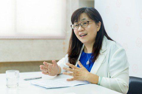 中華民國老人福利推動聯盟秘書長張淑卿建議,在退休之前應該先型塑自己的興趣社團,為...