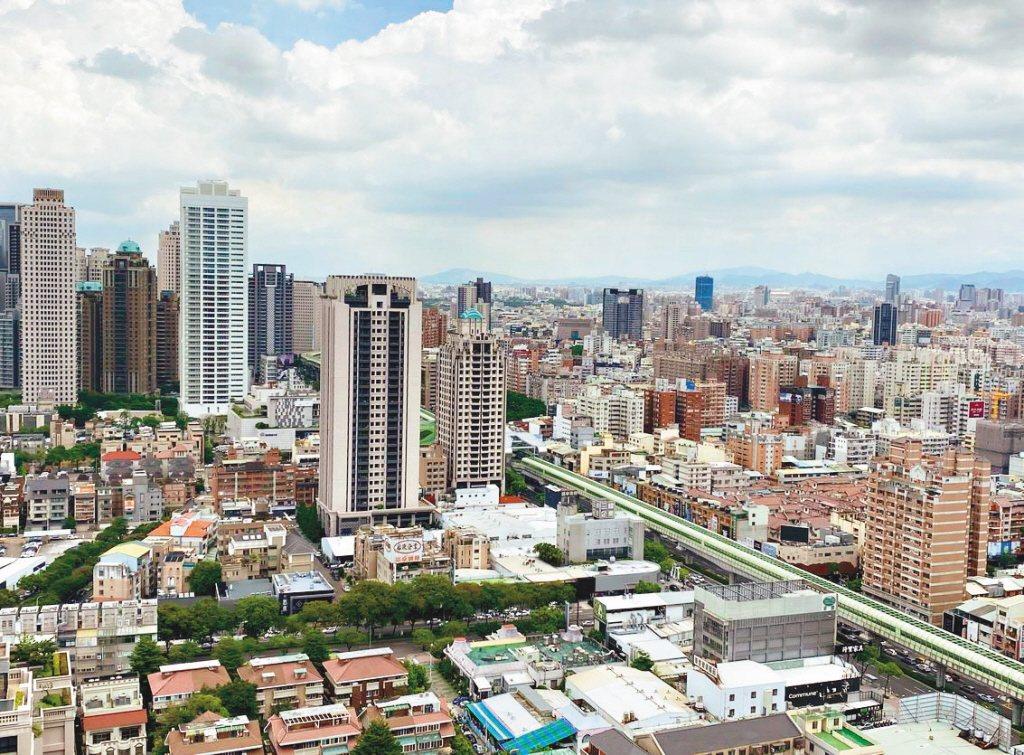 大都市高樓大廈居多,許多人都喜歡挑選高樓層居住,享受絕佳視野。 圖/聯合報系資料...
