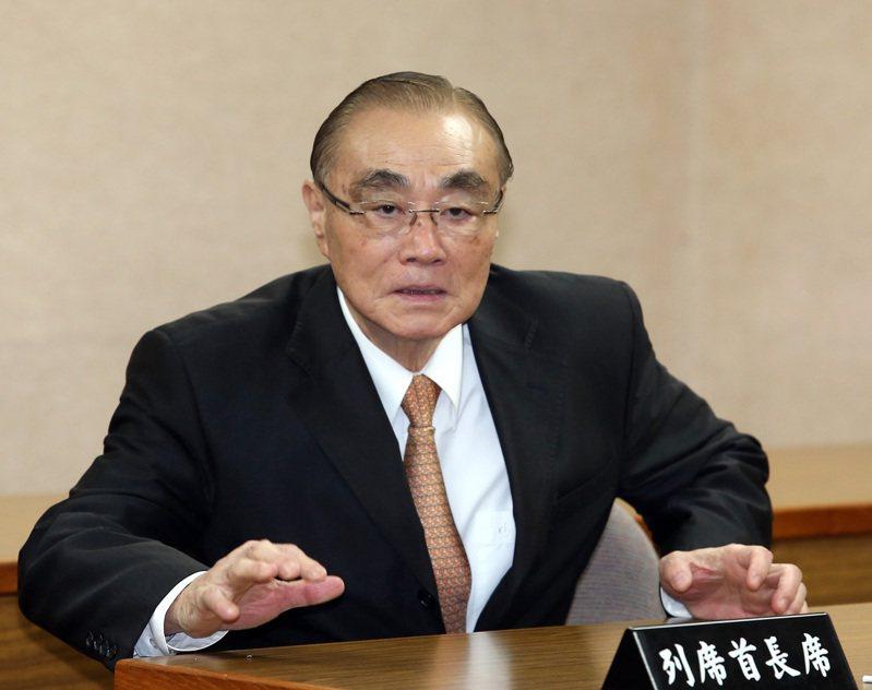 退輔會主委馮世寬(圖)對吳怡農的「全民皆兵」主張,回應「那個渣男啦!不要聽他的」,引發討論。圖/聯合報系資料照片