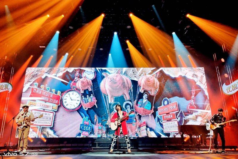 《樂隊的夏天》第一季結束後,受歡迎的幾支樂團都到達生涯另一高峰。 圖/《樂隊的夏天》微博