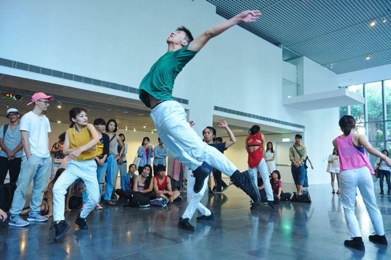 圖/林鼎泰攝影,安娜琪舞蹈劇場提供