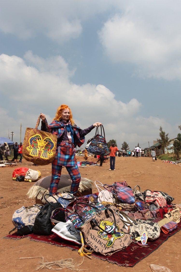 Vivienne Westwood的Made in Kenya系列打造出各種配件...