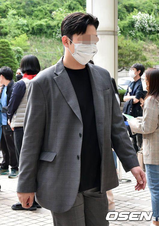 具荷拉前男友崔鍾範最終被判刑1年。圖/摘自OSEN