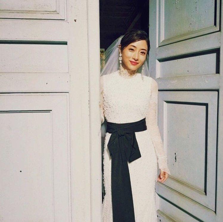 石原聰美婚禮據傳將在明年3月舉行。圖/截圖自IG