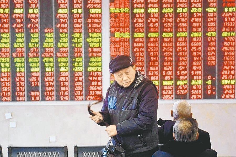 陸股題材不斷,投信法人建議投資人定期定額分批布局陸股基金、ETF,卡位新經濟題材...
