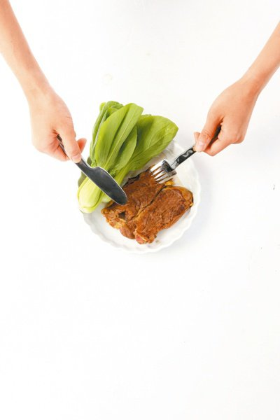 醫師表示,多吃含瘦肉精的肉類,是不可能有解脂增肌的減肥效果。本報資料照片