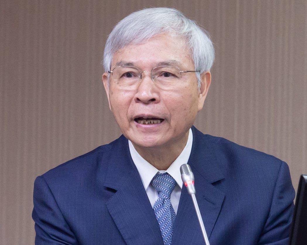 央行總裁楊金龍昨表示,目前正處紓困振興時期,並非打房的適當時機。 記者季相儒/攝...