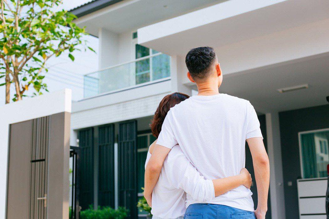 民眾買房前應做好功課,並評估自身需求來選擇要買哪一種房型。 圖/21世紀不動產 ...