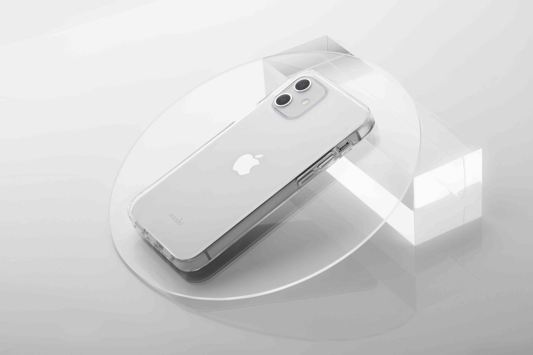 Vitros 超薄透亮保護殼,讓你展現 iPhone 新機的繽紛新色。 Mosh...