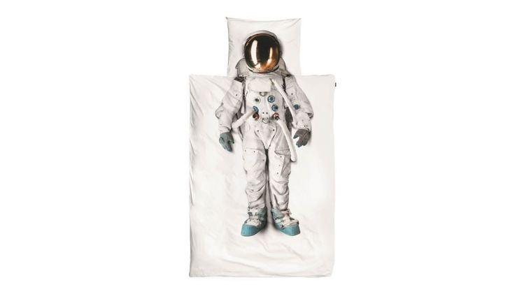 SNURK童趣幻想系列太空人床單,3,280元起。圖/微風精品提供