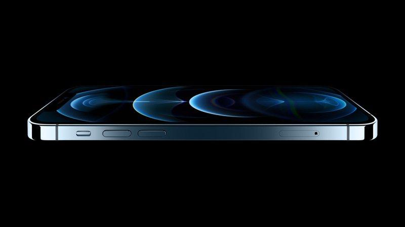 蘋果iPhone 12系列剛發布,就有爆料達人透露iPhone 13會縮減瀏海尺寸並搭載120Hz ProMotion螢幕。歐新社