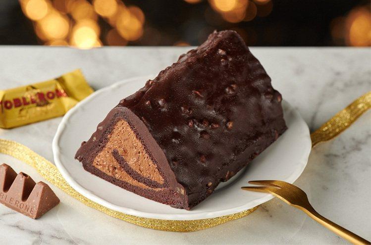 巧克力香緹蛋糕捲,建議售價99元。圖/全聯福利中心提供