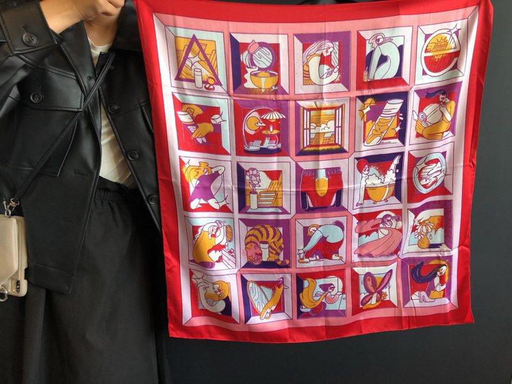 SK-II街頭藝術限量版絲巾。記者劉小川/攝影