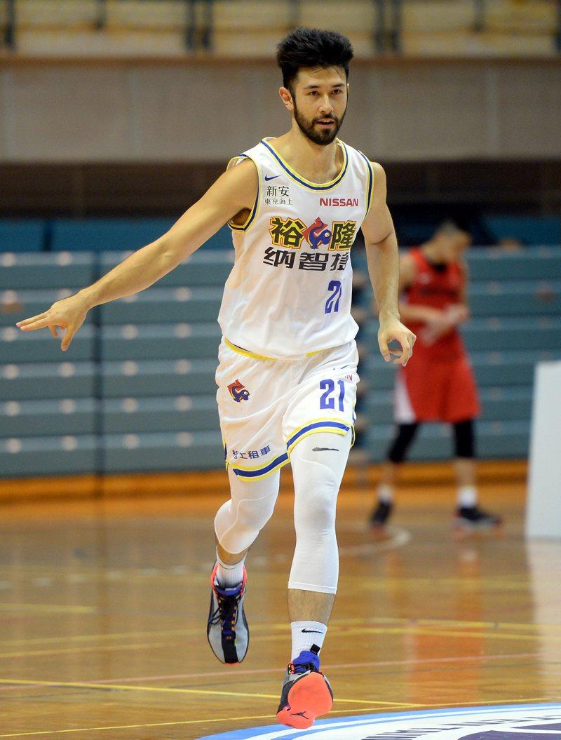 35歲的簡浩將成為下賽季SBL最老的球員。圖/中華籃協提供