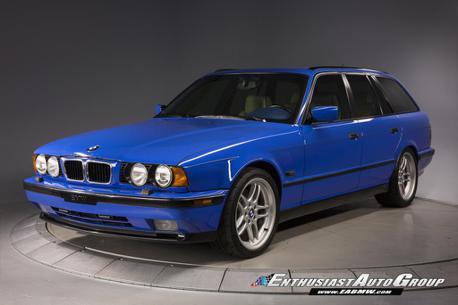 二手的BMW E34 M5 Touring 竟擁有全球僅兩輛的車色!