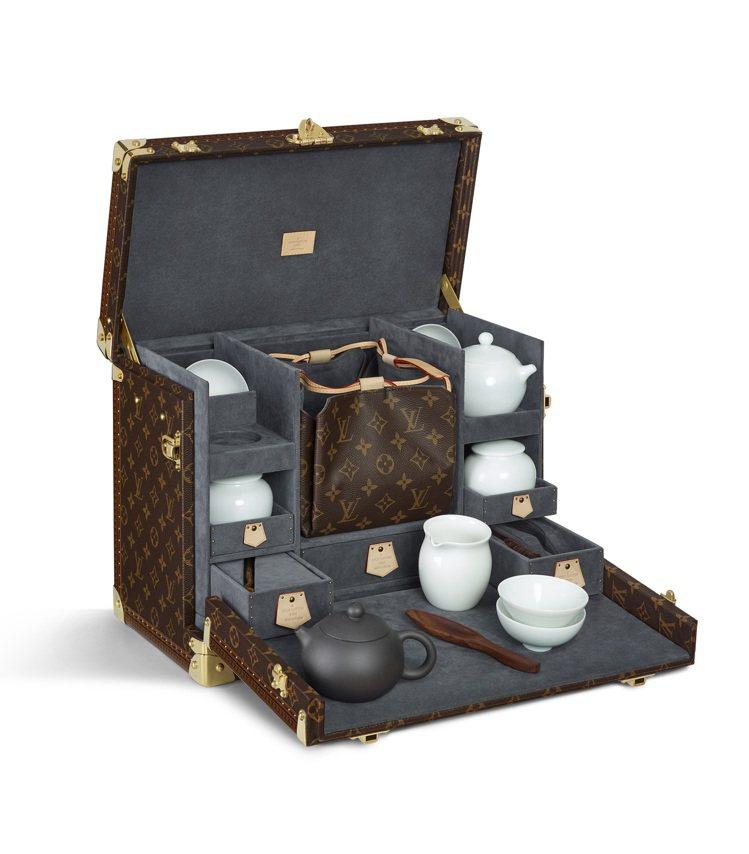 約制Savoir Faire典藏作品展展出酒箱、珠寶腕表箱、運動鞋盒、野餐箱盒等...