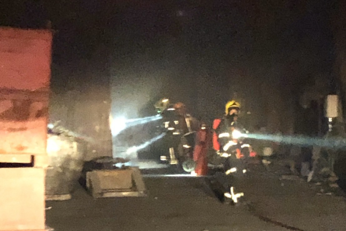 枋寮鋁工廠起火 火勢一小時內撲滅