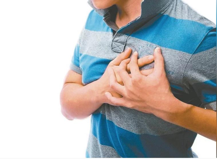 男性45歲、女性55歲以上是心血管疾病的高危險群,最好每半年至一年定期做健康檢查...