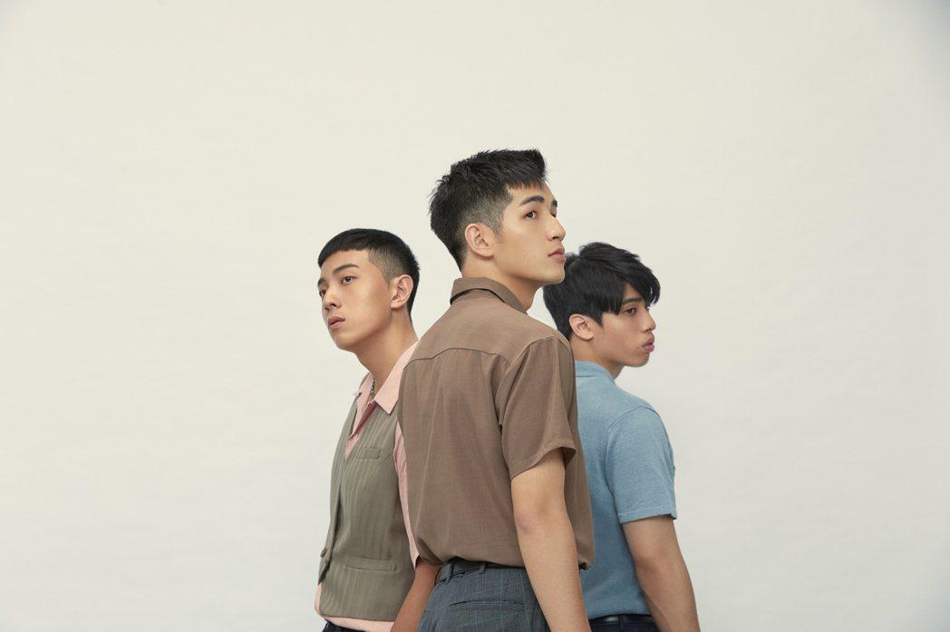 鹿洐人成軍不到2年,7月才發行首張 EP「爛笑話」。圖/福桑娛樂提供
