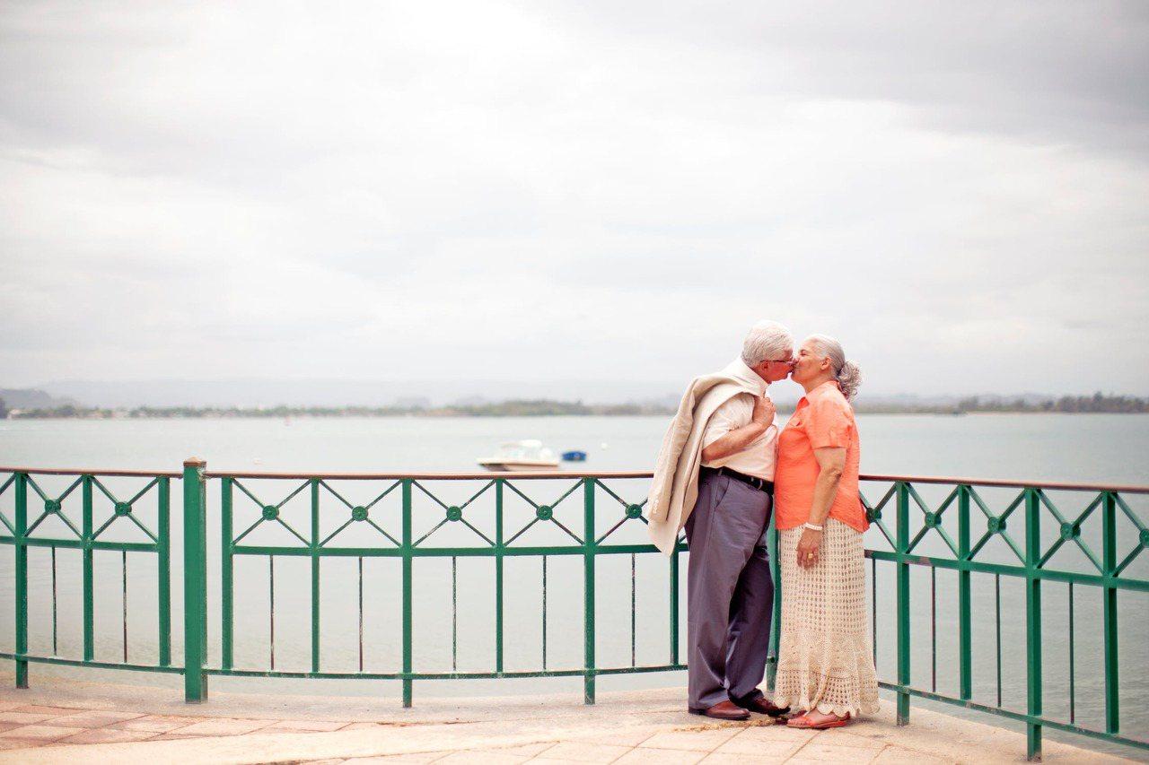 退休後相處的時間更多,只要有一個人覺得想改變,都應該要努力。 圖/pexels