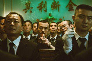 賈樟柯原鄉電影(上):揭露中國社會醜態的「負能量」作品?