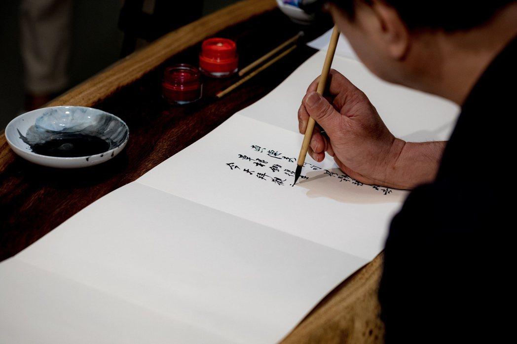 許悔之2020夏參加北美館「藍天之下」聯展。圖/黃嘉俊提供、張皓然攝影