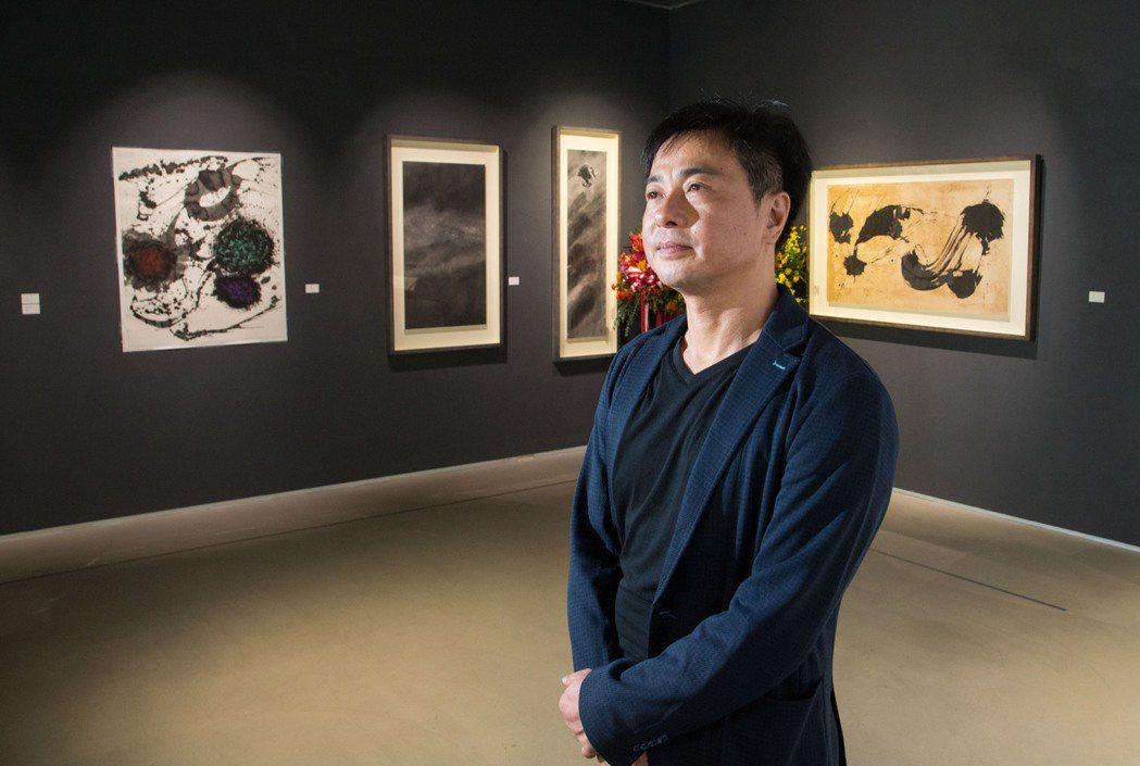許悔之今夏舉行「夢中繁華」個展。記者陳立凱/攝影