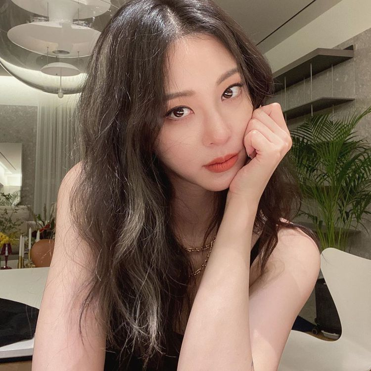 instagram@han_ye_seul_ 圖/VOGUE提供