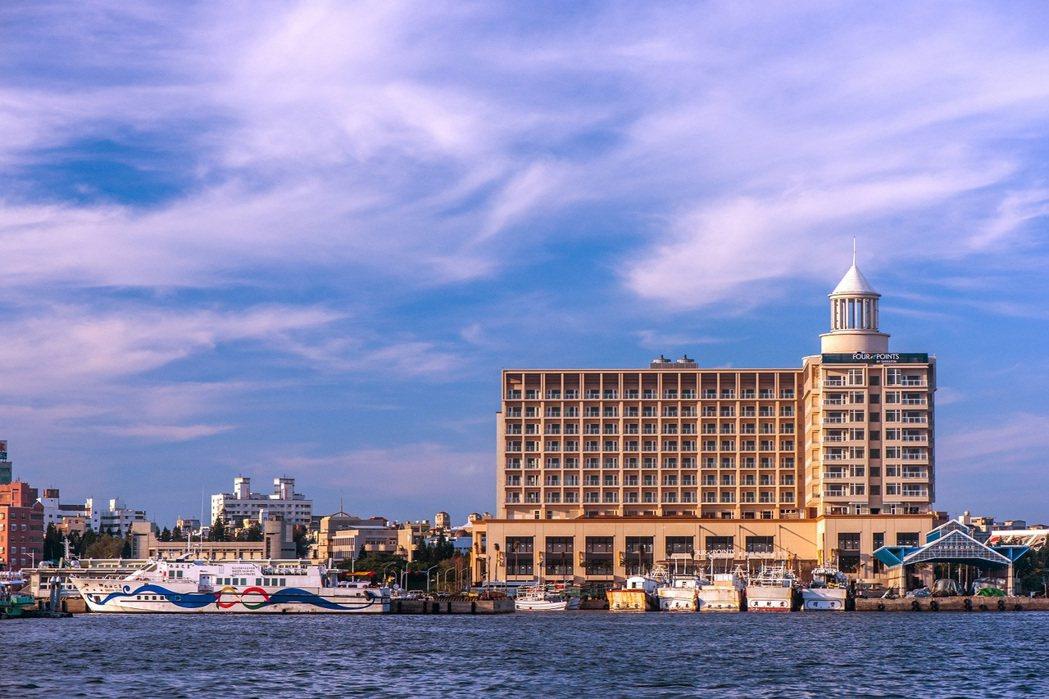 澎湖福朋喜來登酒店黃昏景。