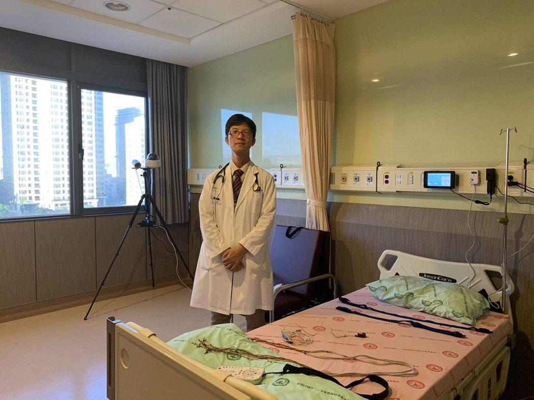 為了提供民眾更好的睡眠健康照護,中醫大新竹附醫特別設置了睡眠檢查室。記者陳斯穎/...