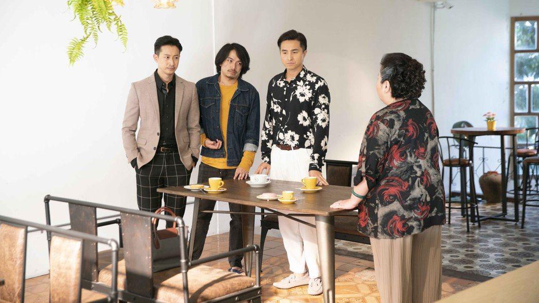鍾欣凌(右)在「我的婆婆怎麼那麼可愛」完結篇中,將會與三個兒子有重要面談。圖/公...