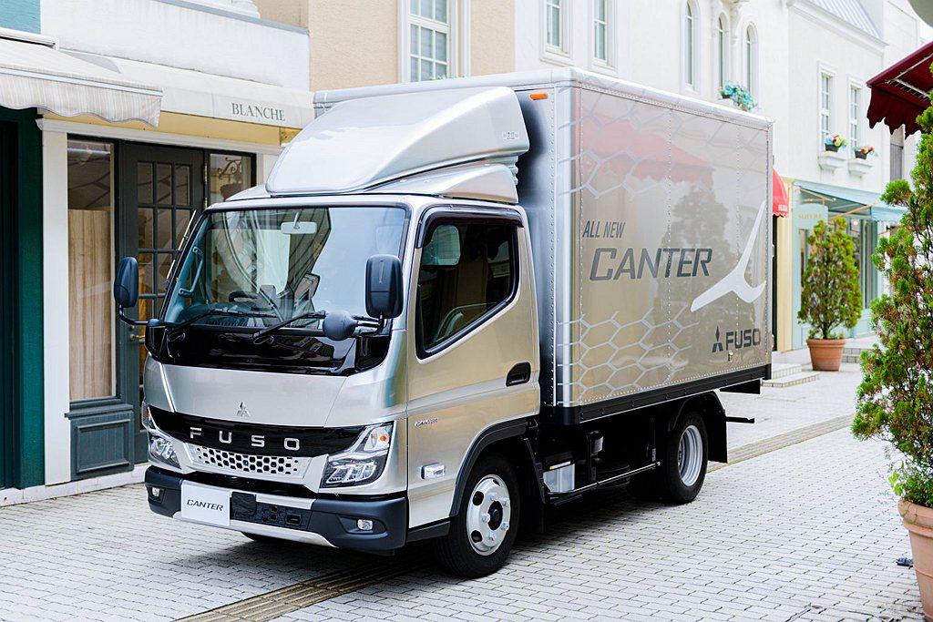 日本率先推出大改款全新第九代Fuso Canter貨車。 圖/Fuso提供