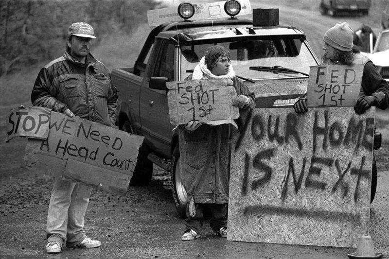 1992年紅寶石山脊事件中,激進分子Randy Weaver的支持者。 圖/美聯社