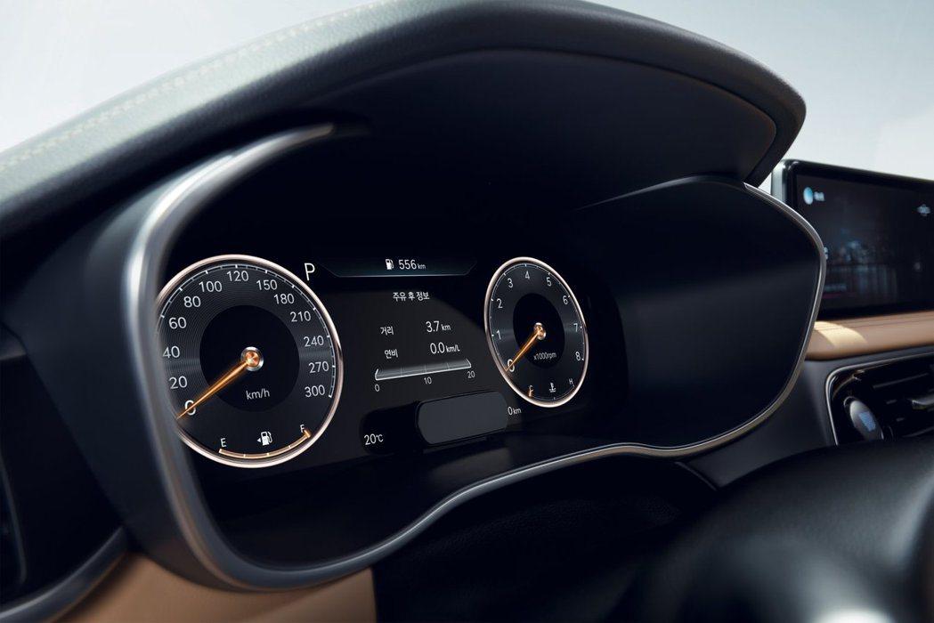 小改款Genesis G70可加價選配12.3吋3D裸視數位儀表。 摘自Gene...