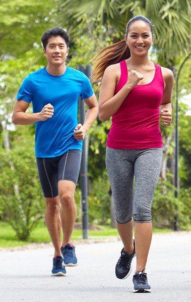 為鼓勵大家跨出健康活躍生活的第一步,美商賀寶芙特別在全球首次推出「和優質營養一起...