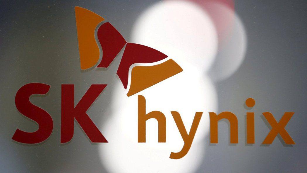 南韓SK海力士宣布以10.3兆韓元買下英特爾的NAND事業。 (路透)