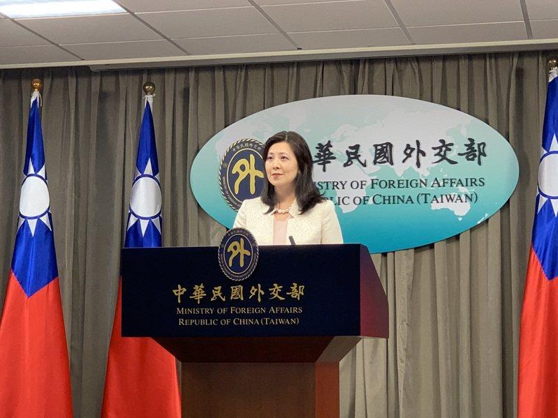 外交部發言人歐江安今天在例行記者會說明駐斐濟代表處國慶酒會事件。記者鄭媁/攝影